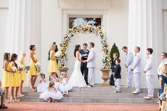 Wedding Vows: Traditional vs. Personalized