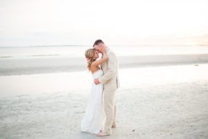 costa_wedding-beach_couple