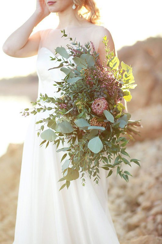 Winter_Wedding_Inspiration_by_Douglas_Lake-bouquet