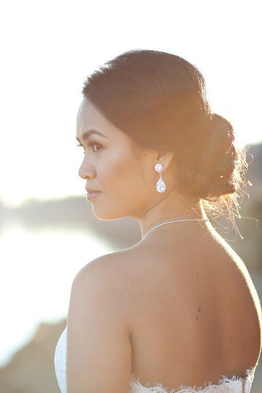 Winter_Wedding_Inspiration_by_Douglas_Lake-earrings