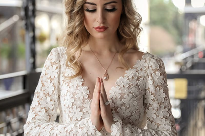 Trendy_Long_Sleeve_Tara_Keely_Wedding_Gown-praying_hands_Feature_Image