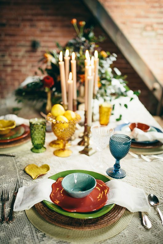 Industrial_Warehouse_Shoot-set_table_with_candles