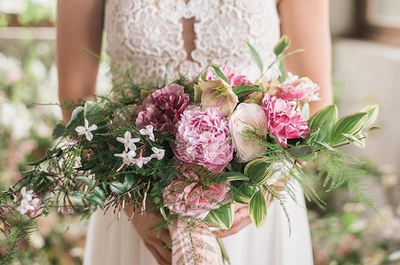 3 Ways Your Wedding Can Support Breast Cancer Awareness