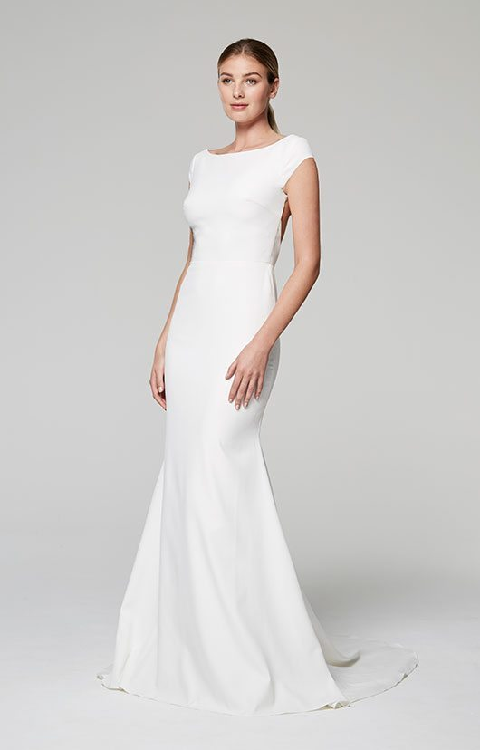 Blue Willow White Gown With Cap Sleeves
