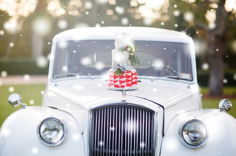 I Saw Mommy Kissing Santa Claus Wedding Cake On Vintage Car