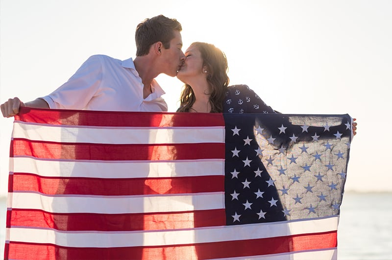 Patriotic Engagment Shoot Flag Kiss