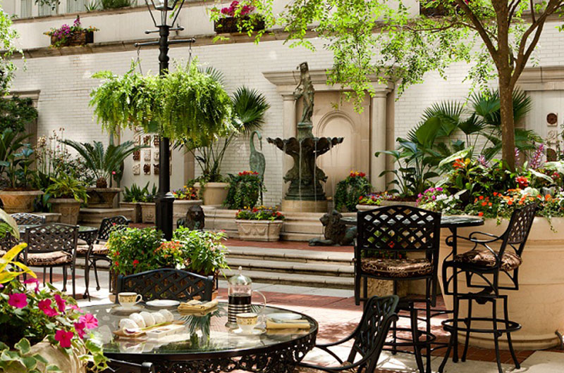 Getting Engaged The Ritz Carlton New Orleans Courtyard