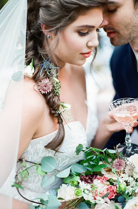 New Orleans Wedding Inspo Close Up