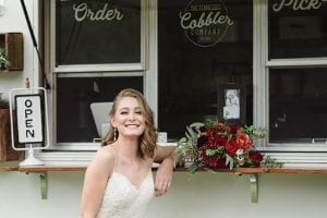 Barn Wedding With An Urban Chic Twist Bride At Food Truck