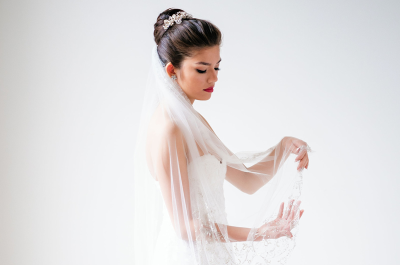 3 Tips For Choosing Bridal Hair Accessories