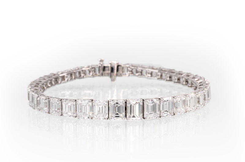 Sissys Log Cabin Commits To Creating Extraordinary Wedding Day Style Diamond Bracelet