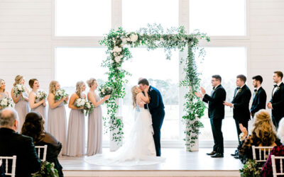 A Wedding Officiant's Three Tips for Planning an Interesting Wedding Ceremony